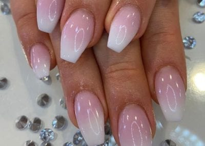 How To Airbrush Nails In Quick, Easy Steps